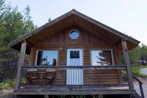 Glacier national park cabins cabin rentals alltrips for Glacier national park cabin rentals