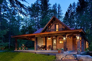Belton Chalet - log cottages & Adobe House :: Belton Chalet's 25-room lodge and two log cottages offer fresh baked pastries & fresh Montana Coffee Traders coffee every morning in the Lodge Lobby. Glacier Park's first Inn.