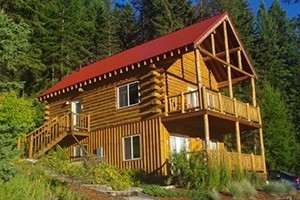 Bar W Ranch - pet friendly accommodations :: Bring the family and relax in a cozy B&B ranch suite, or personal cabin. Wagon rides, snowshoeing, fishing, horseback riding & hiking await! All-inclusive or a la carte.