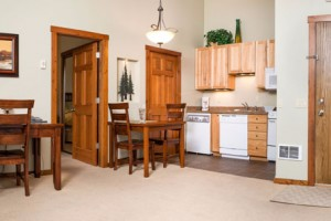 Glacier Ridge Suites - nightly rentals year-round