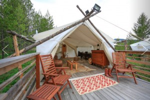 Glacier Under Canvas - Luxury Camping :: Camping as it should be! Luxury tent camping minutes from Glacier National Park. We also offer tree houses & cabins! Enjoy the wild without giving up the comforts of home!